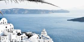 Jak urządzić mieszkanie w stylu greckim?