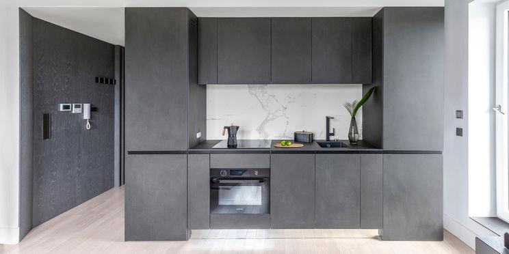 Czarna kuchnia – 8 pomysłów na aranżację