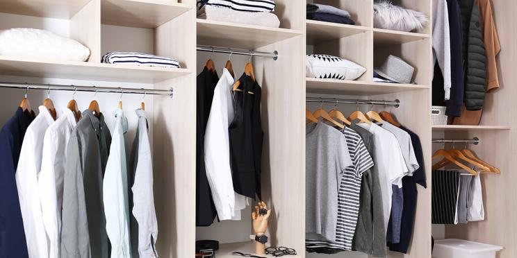 Garderoba w małym mieszkaniu – pomysł na uporządkowanie przestrzeni